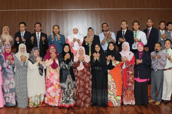 The Center for Research and Innovation Management organized USIM Top 100 Researchers Awards (2013-2017)