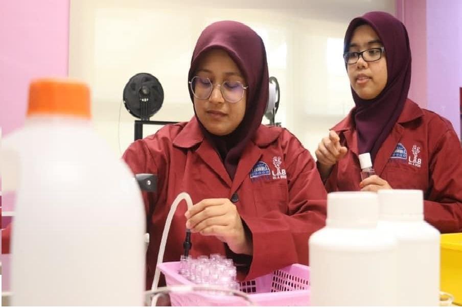 USIM Hasilkan Hand Sanitiser penuhi Keperluan Warga Kampus