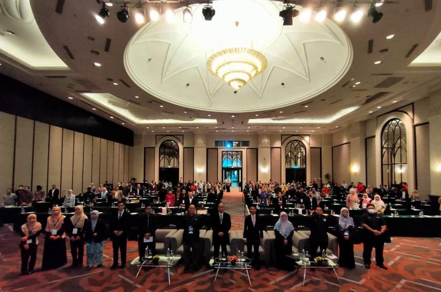 Konvensyen Usahawan Alumni Bersama Industri 2020 Sedia Platform Jalin Kerjasama bersama industri