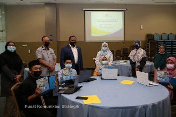 Pusat Wakaf dan Zakat USIM Menyokong Pengurangan Jurang Digital di Kalangan Pelajar B40